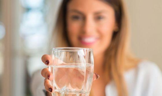 I consigli per una healthy routine a base di acqua