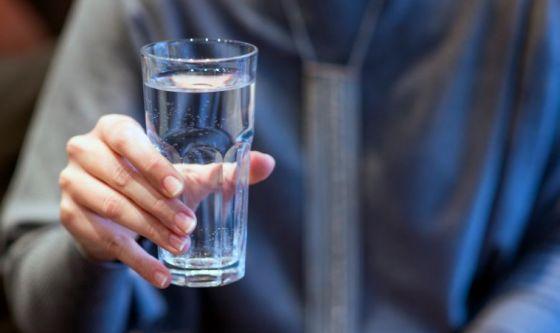 Donna in overdose per eccesso di... acqua