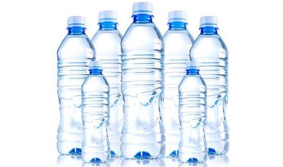 L'acqua: l'asso nella manica per superare la prova costume