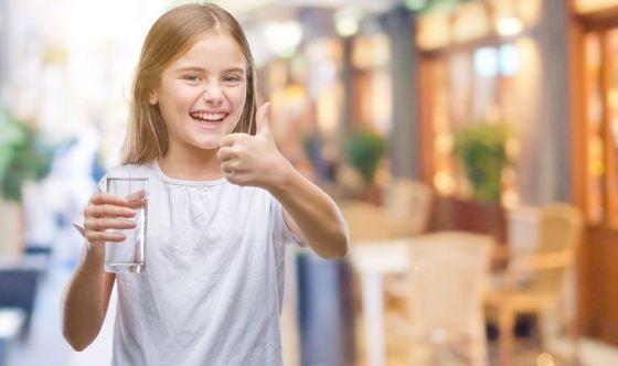 Bambini: farli bere di più? Ecco come