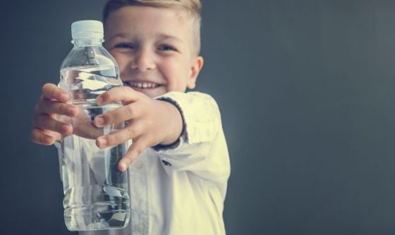 La prima medicina per i bambini? L'acqua!
