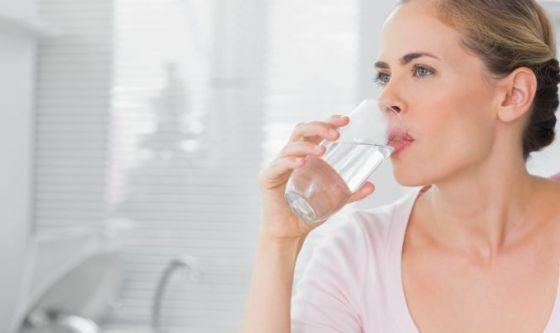 Digerire: facile come bere due bicchieri d'acqua
