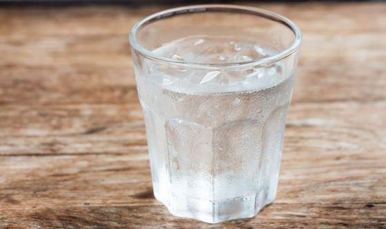 Fumare fa male anche all'ambiente: l'acqua aiuta a smettere