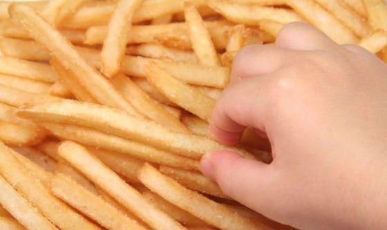 Patate fritte nocive: arriva Innata, ogm più salutare