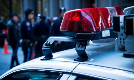Poliziotti e yoga per ridurre scontri e incidenti