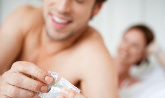 #salvalaquaglia: campagna pro preservativo