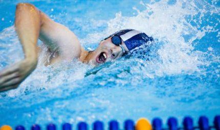 Nuoto o bike: scegli uno sport bagnato