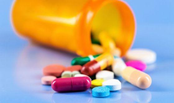 Gli antibiotici, l'acne e l'antibiotico-resistenza
