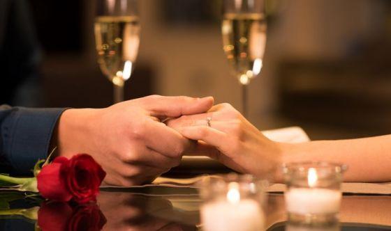 Primo appuntamento: l'amore sboccia davanti a un buon piatto