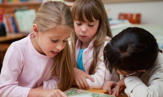 Già a 6 anni le bimbe pensano di essere meno intelligenti