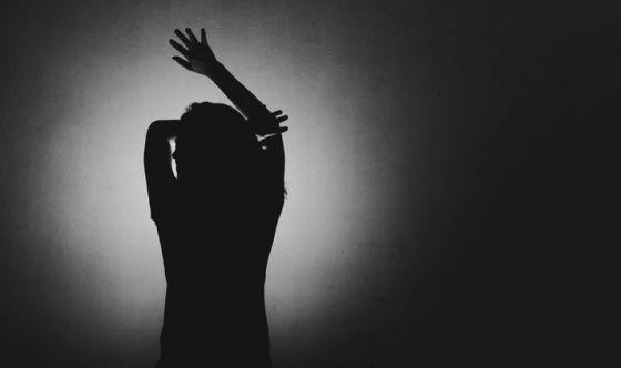 Bimbi maltrattati: i 10 comportamenti più pericolosi