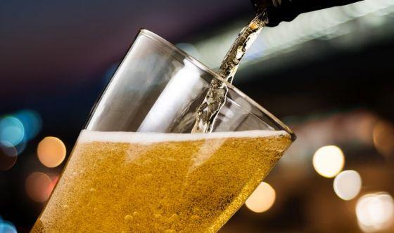 Italiani tipi da birra, ma in diversi modi