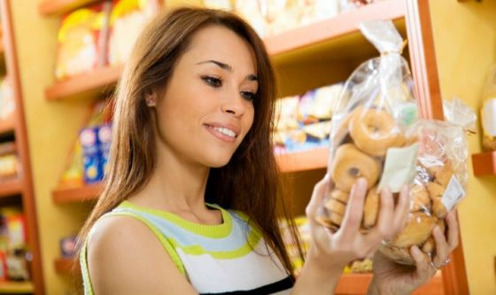 Conoscere le calorie di un alimento lo rende meno invitante