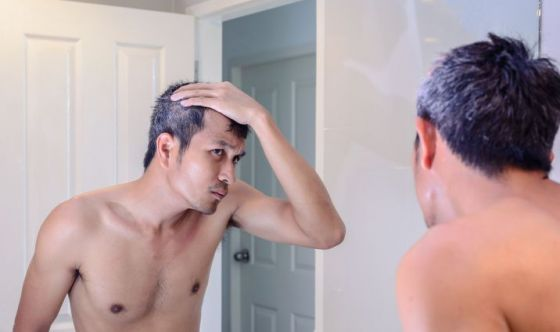 Acconciature uomo capelli ondulati