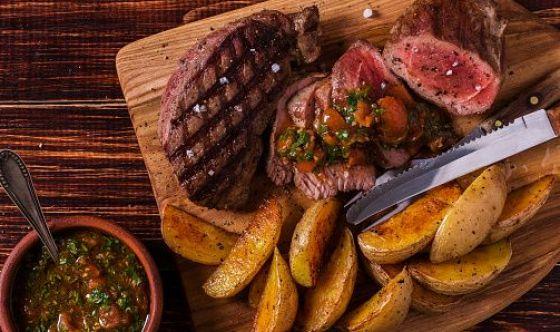 Chi rinuncia alla carne non vive più a lungo: ecco gli studi