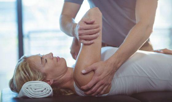 Mal di schiena: la chiropratica riduce l'uso di oppioidi