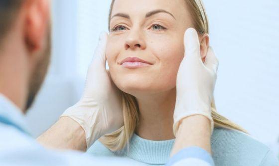 Chirurgia estetica, più richieste di un secondo ritocco