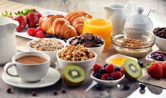Per dimagrire è bene consumare una colazione abbondante