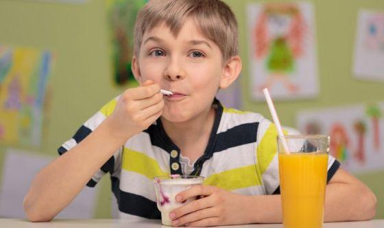 Bimbi e colazione: perché non devono saltarla mai