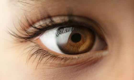Salute dell'occhio e cosmetici
