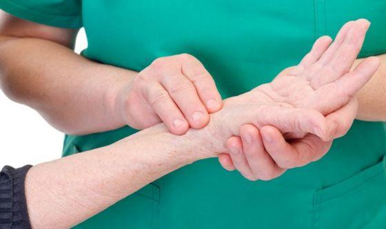Due dita sul polso possono salvarci la vita
