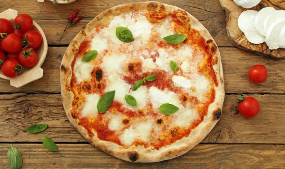 Pizza: la sforna il distributore automatico