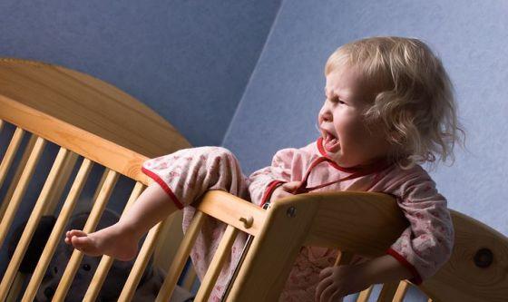 Bambini e notti insonni: 10 regole d'oro