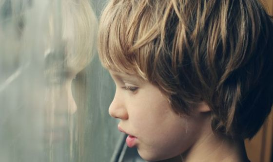 Autismo: uno studio conferma due note teorie