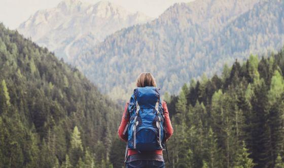 Trekking: dal kit agli snack, ecco cosa portare con sé