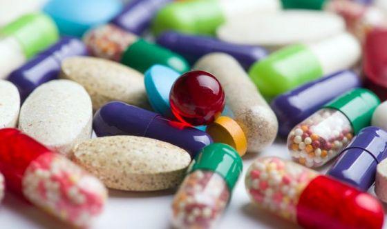 Farmaci sprecati: a rischio salute, soldi e ambiente