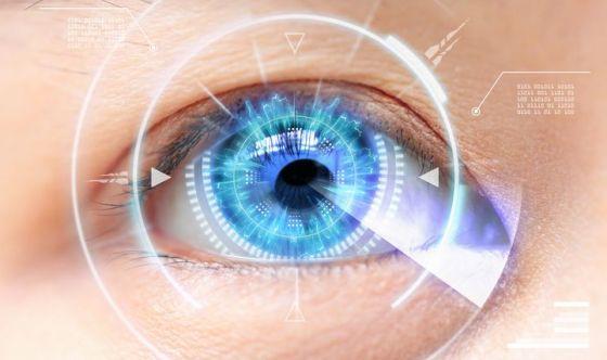 Un microimpianto nell'occhio contro la maculopatia