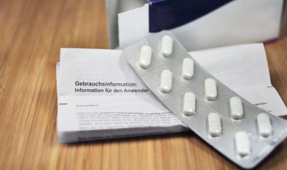 Il foglietto illustrativo dei farmaci: cosa c'è da sapere
