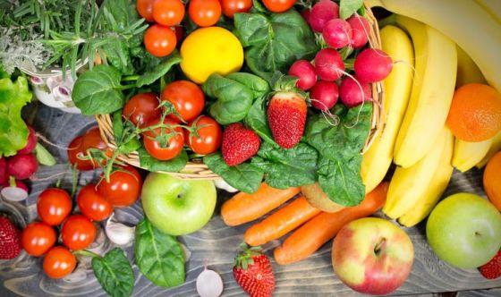 Vuoi avere un figlio? Mangia tanta frutta e verdura