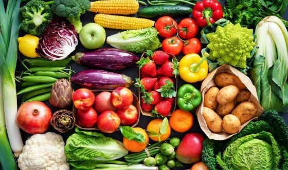 2 di frutta e 3 di verdura: è questo l'elisir di lunga vita