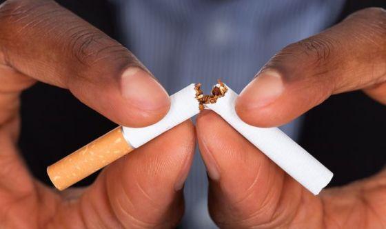 Se smetti di fumare serviranno 25 anni per guarire del tutto