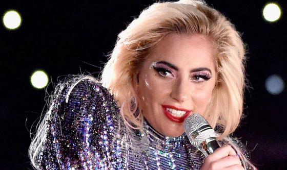 Dall'Italia invito alle cure per Lady Gaga
