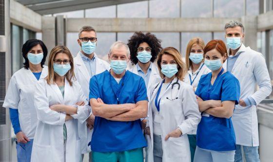 Covid-19: quanto si sono ammalati medici e infermieri?