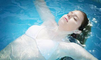Idratarsi per curare il corpo e depurare l'organismo