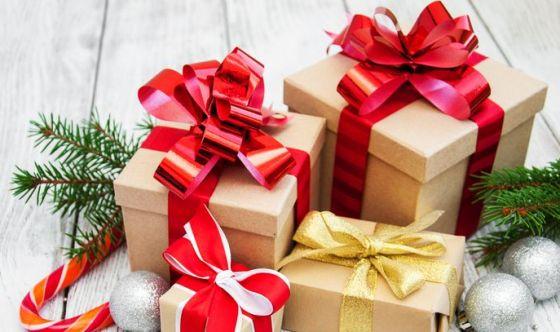Natale: italiani idealisti, meglio le esperienze dei regali