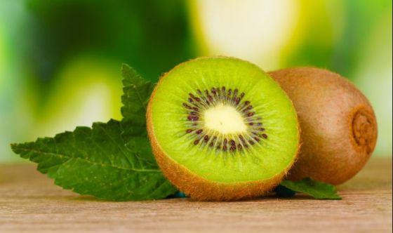 Il kiwi: per un pieno di vitamina C e buonumore