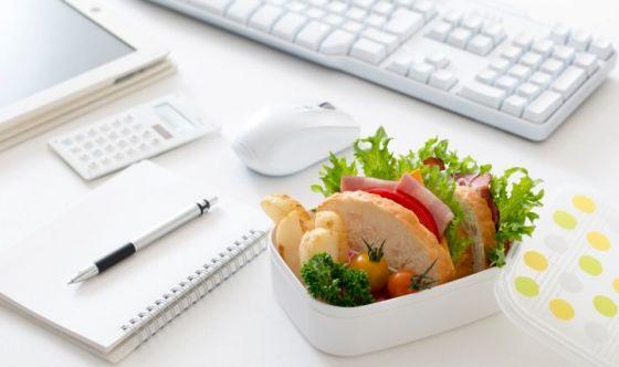 Pausa pranzo sul lavoro? Vince il cibo sano e di stagione