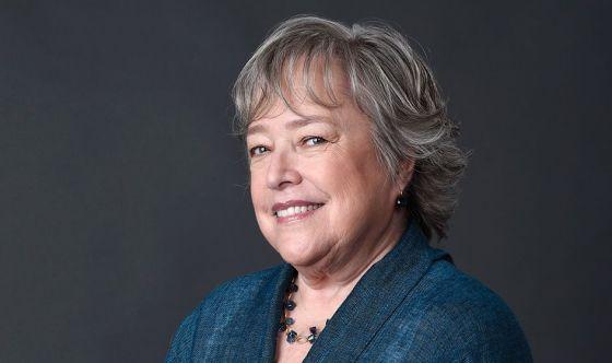 Kathy Bates chiede più informazioni sul linfedema