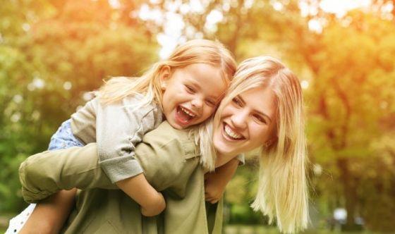Mamma smart, sensibile o attiva? Ecco la loro beauty routine