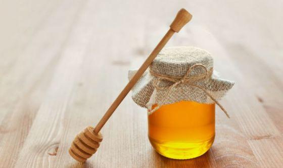 Miele, star dell'inverno: ne consumiamo mezzo chilo a testa