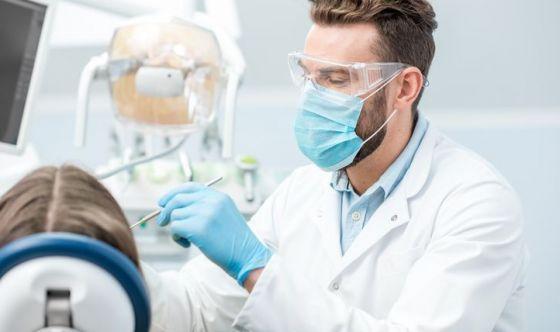 HIV e studio dentistico, i consigli anti-contagio
