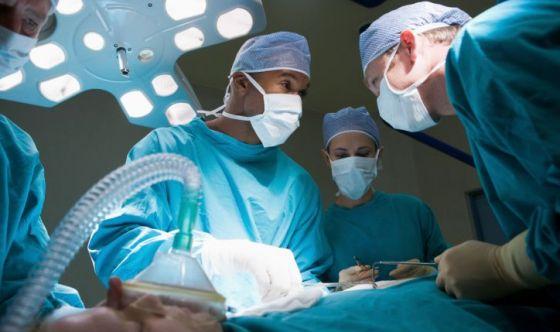 Obesità migliora sopravvivenza post-intervento cardiaco