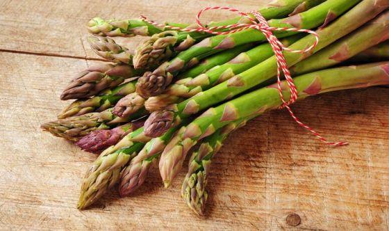 L'odore di asparagi nelle urine: non tutti lo sentono