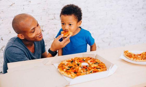 Il papà? Se fosse un cibo sarebbe una pizza!