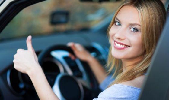 Cinque mosse per vincere la paura di guidare