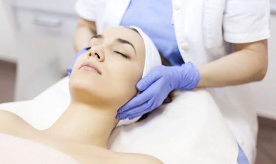 Peeling chimico, tutti i benefici del trattamento